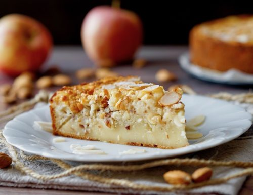Almond and Apple Creamy Cake