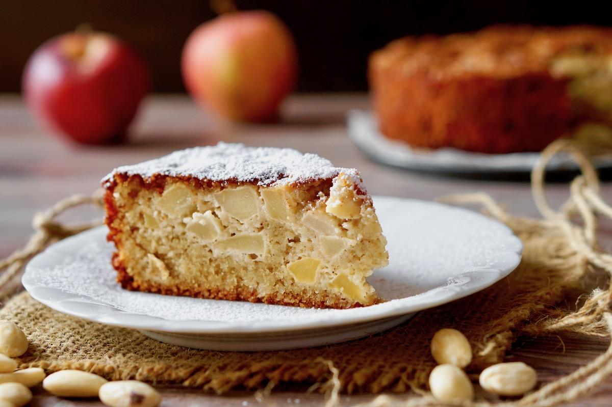 Flourless Apple Almond Cake