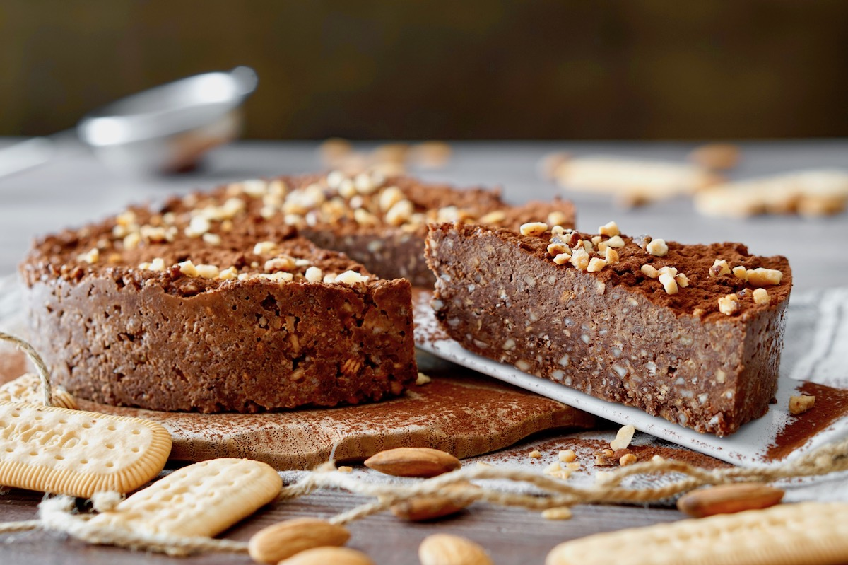 No-Bake Chocolate Almond Cake